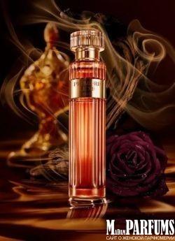 Ароматы с нотами удового дерева в женском парфюме