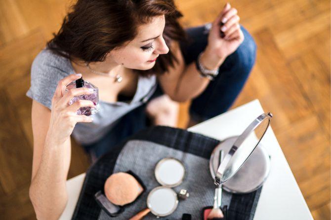 Техника лееринга в женской парфюмерии